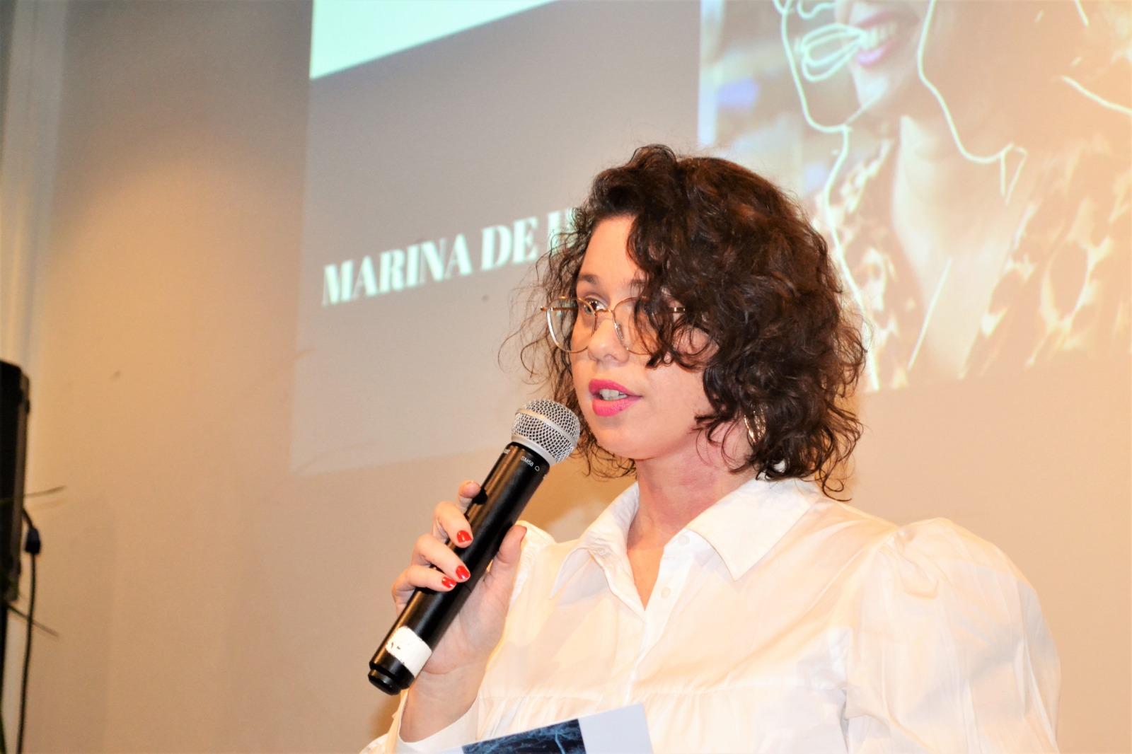 Marina de Haan dichter