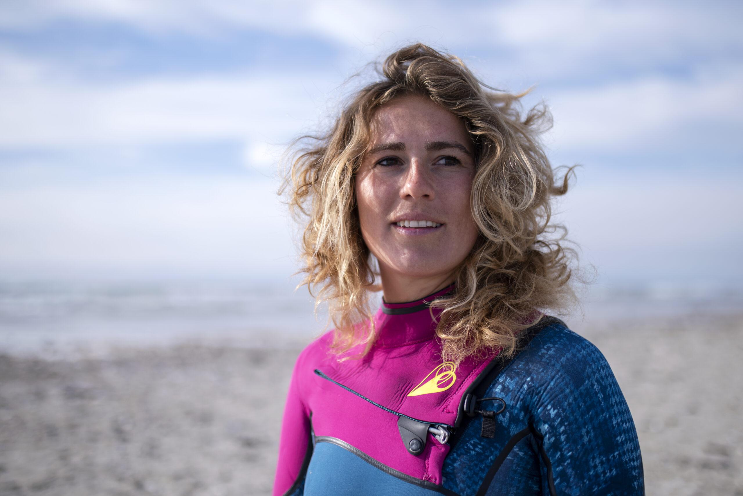 Anne Albers surfer